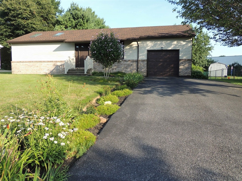 Real Estate Photography - 120 Hearthstone Dr, Elkton, MD, 21921 - Location 1