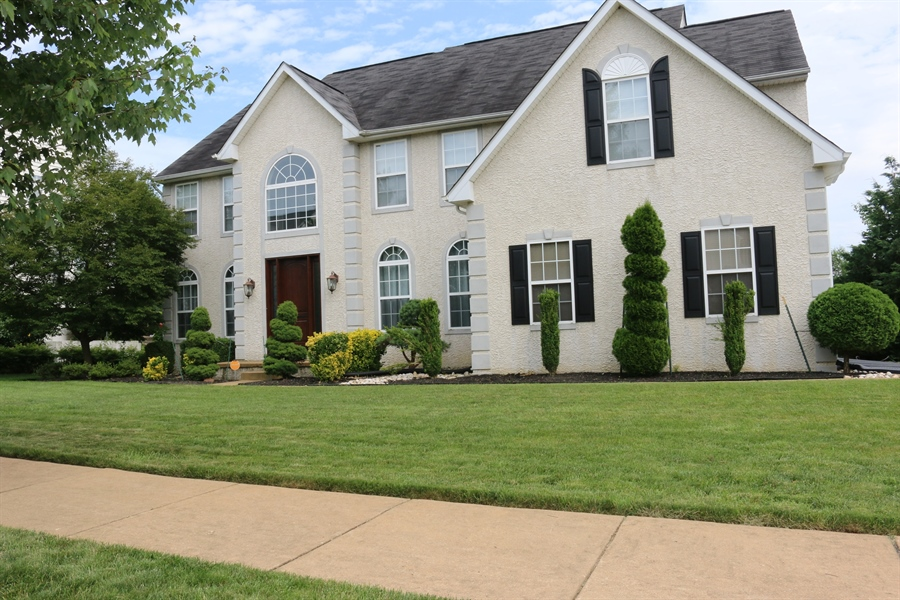 Real Estate Photography - 127 Willow Grove Mill Dr, Middletown, DE, 19709 - Stunningly Beautiful!!!