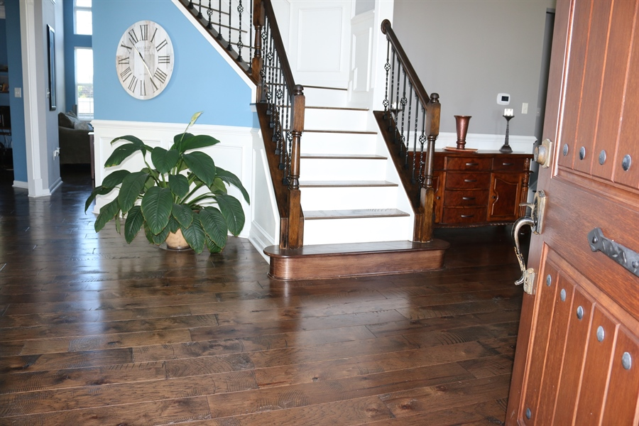 Real Estate Photography - 127 Willow Grove Mill Dr, Middletown, DE, 19709 - A True Foyer...19'x12'