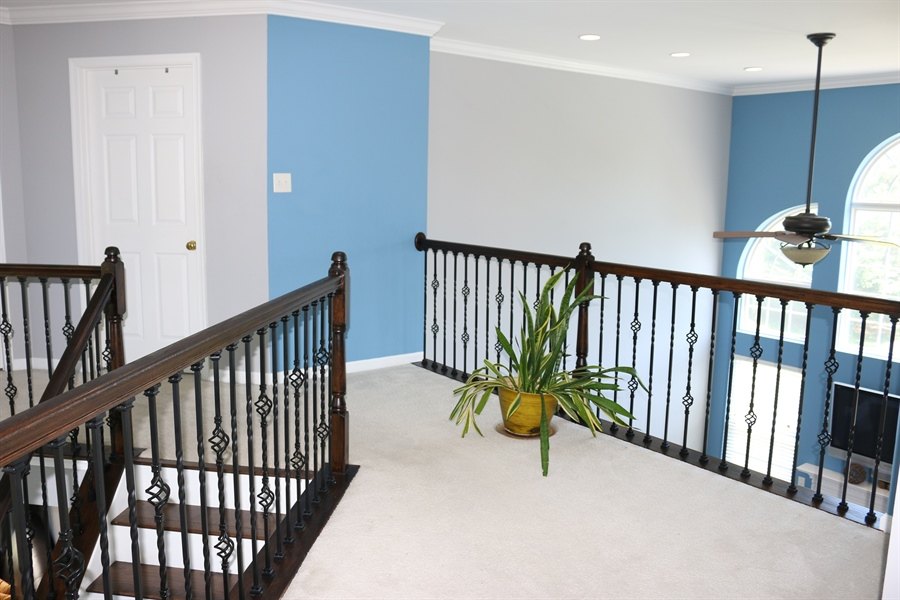 """Real Estate Photography - 127 Willow Grove Mill Dr, Middletown, DE, 19709 - Lovely """"Cat Walk"""" Overlooks The Family Room"""