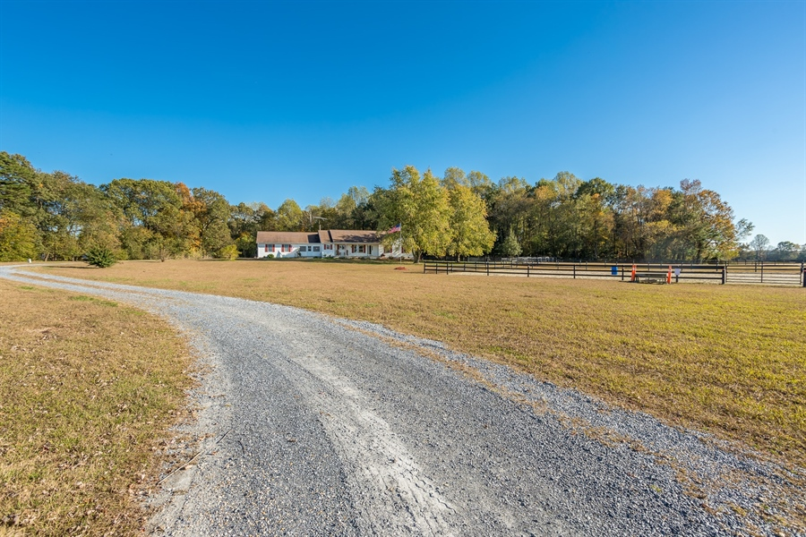 Real Estate Photography - 281 Marjorie Ln, Harrington, DE, 19952 - DRIVEWAY LEADING UP TO THE HOME