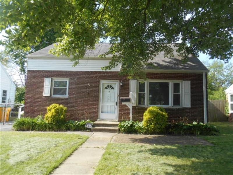 Real Estate Photography - 113 Vilone Rd, Wilmington, DE, 19805 - Location 1