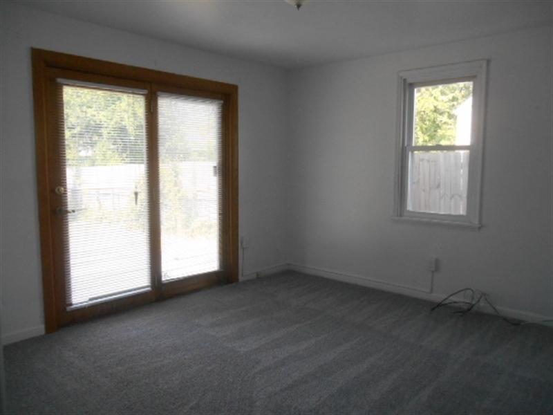 Real Estate Photography - 113 Vilone Rd, Wilmington, DE, 19805 - Main Level Bedroom