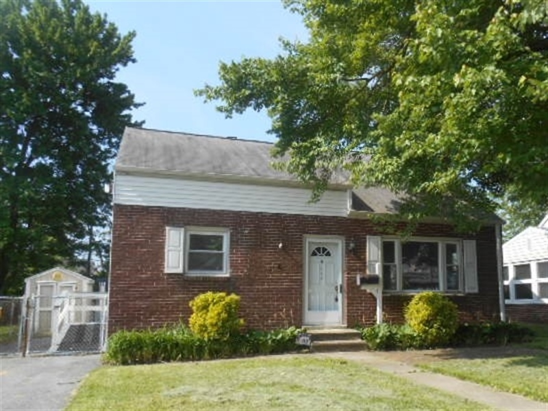 Real Estate Photography - 113 Vilone Rd, Wilmington, DE, 19805 - Home Sweet Home