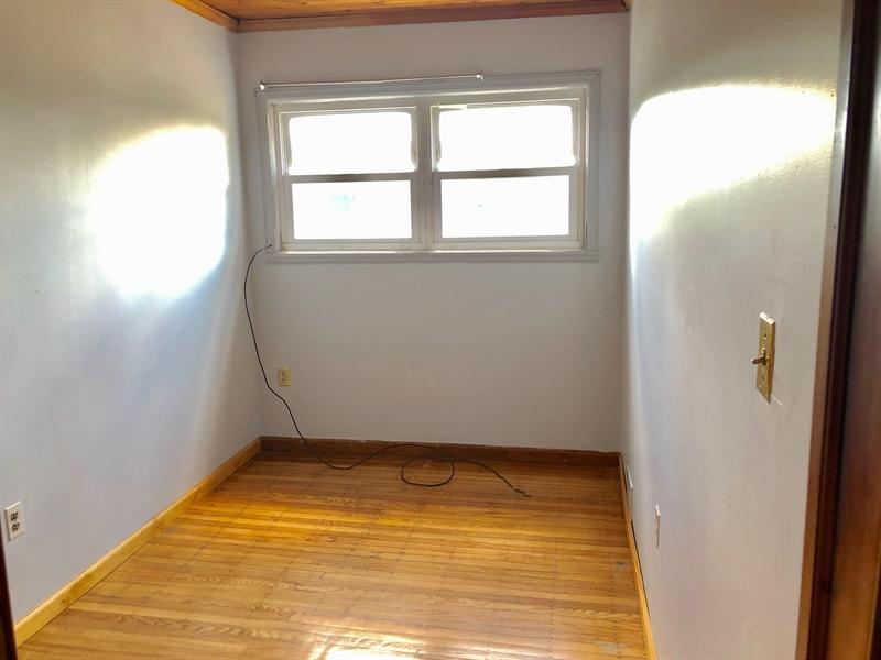 Real Estate Photography - 1352 Maple Ave, Wilmington, DE, 19805 - Bedroom #3