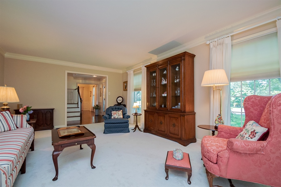 Real Estate Photography - 11 Tenby Chase Dr, Newark, DE, 19711 - Pretty Living Room