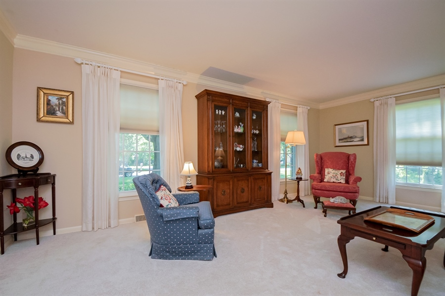 Real Estate Photography - 11 Tenby Chase Dr, Newark, DE, 19711 - Living Room w/ New Carpet over H/W