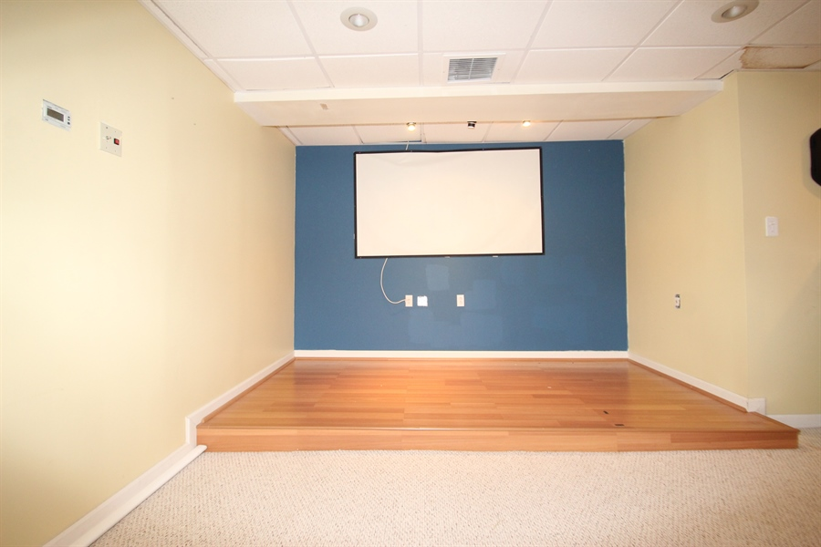 Real Estate Photography - 10 Ellendale Ct, Bear, DE, 19701 - Family Room