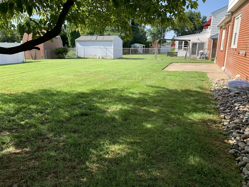 Real Estate Photography - 15 Yeates Dr, New Castle, DE, 19720 - View of spacious rear yard
