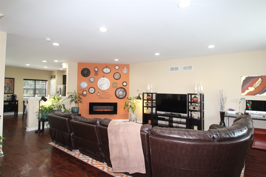 Real Estate Photography - 111 Russell Lane, Newark, DE, 19711 - Living Room