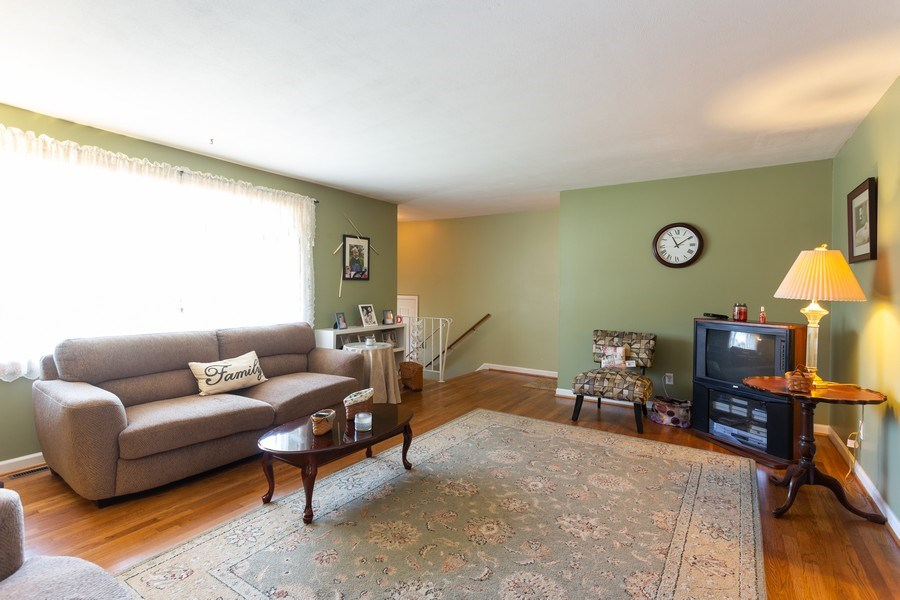 Real Estate Photography - 2406 W Parris Dr, Wilmington, DE, 19808 - Living Room