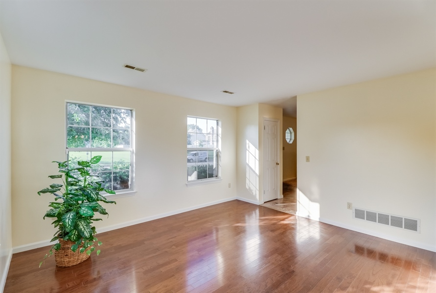 Real Estate Photography - 125 Millcreek Dr, Dover, DE, 19904 - Inviting living room