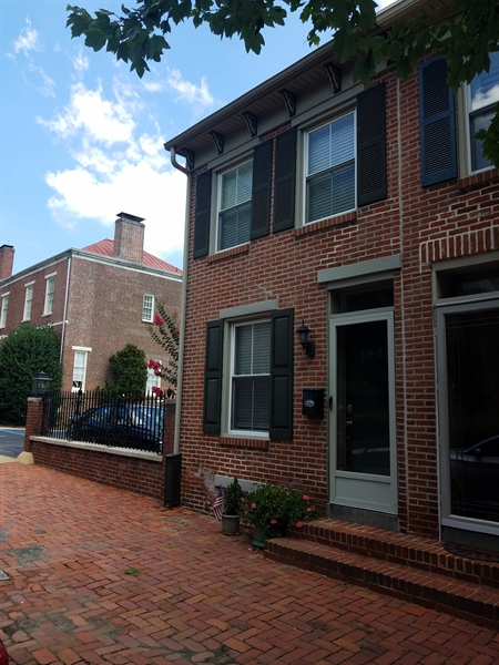 Real Estate Photography - 1911 Lovering Ave, Wilmington, DE, 19806 - Great city location!