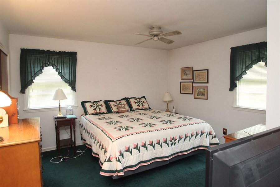 Real Estate Photography - 7 Balanger Rd, Newark, DE, 19711 - Master Bedroom