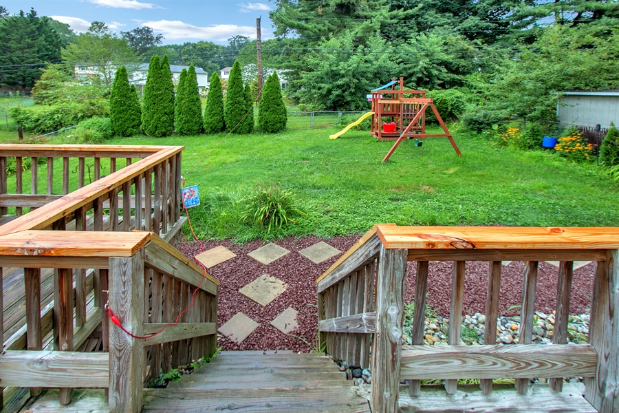 Real Estate Photography - 1715 Pennrock Rd, Wilmington, DE, 19809 - nice view of the flat back yard