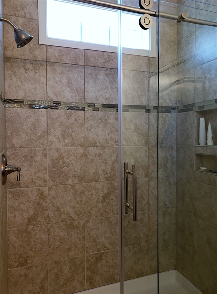 Real Estate Photography - 7771 Clydesdale Ct, Milford, DE, 19963 - Walk-in tiled shower