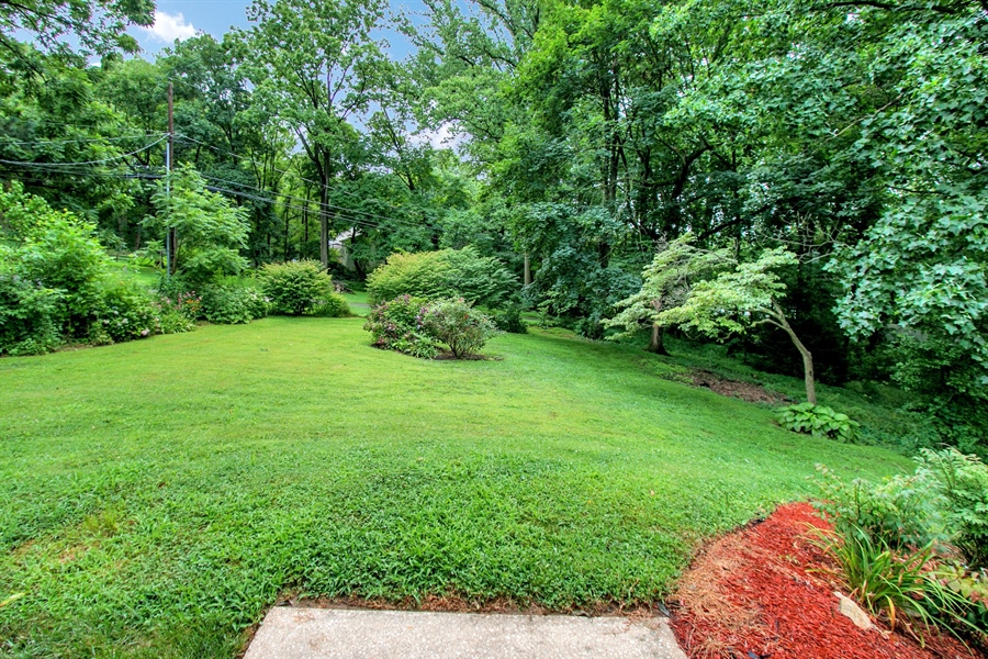 Real Estate Photography - 227 Pond Dr, Hockessin, DE, 19707 - Location 5