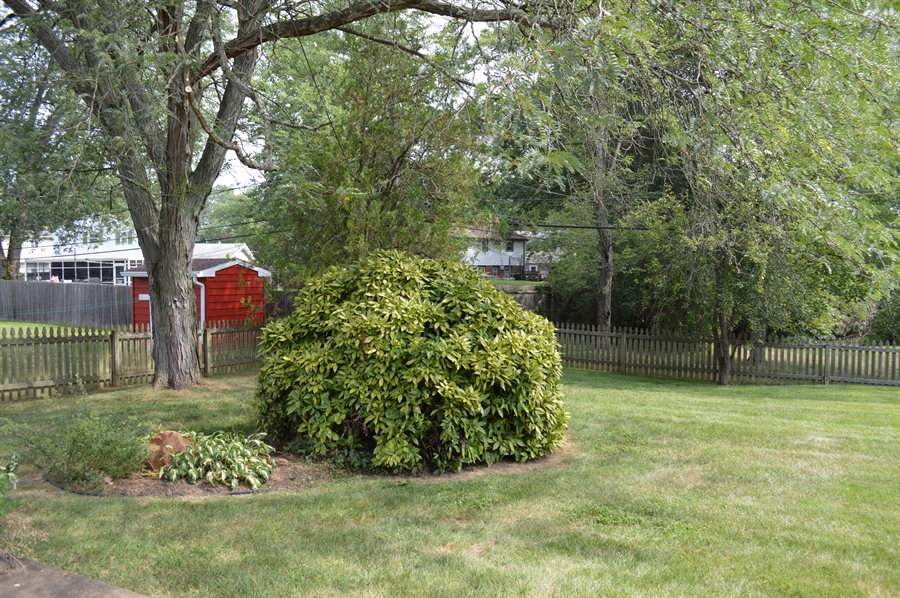 Real Estate Photography - 2403 McCawber Dr, Wilmington, DE, 19808 - Rear Fenced Yard