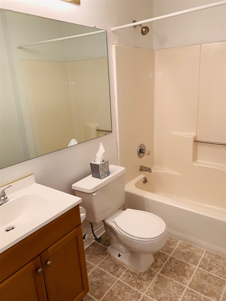 Real Estate Photography - 1025 N Madison Street #208, #208, Wilmington, DE, 19801 - Masterbath