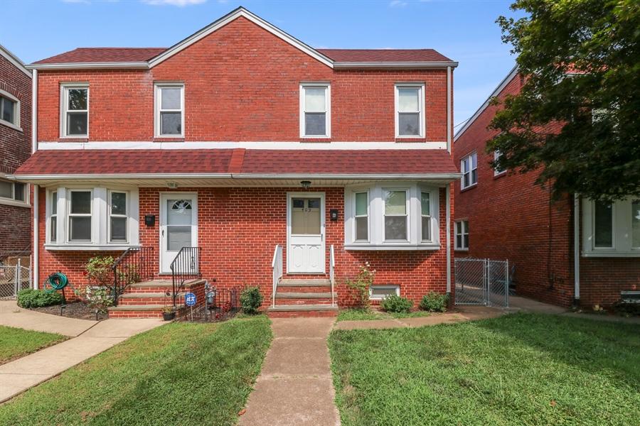 Real Estate Photography - 409 S Dupont St, Wilmington, DE, 19805 - Location 1