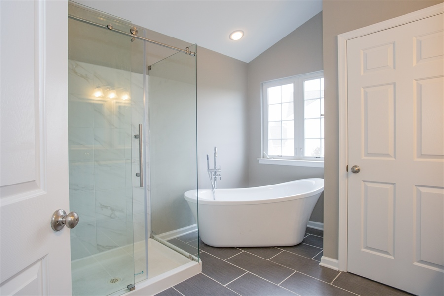 Real Estate Photography - 723 Wood Duck Ct, Middletown, DE, 19709 - Master Bath
