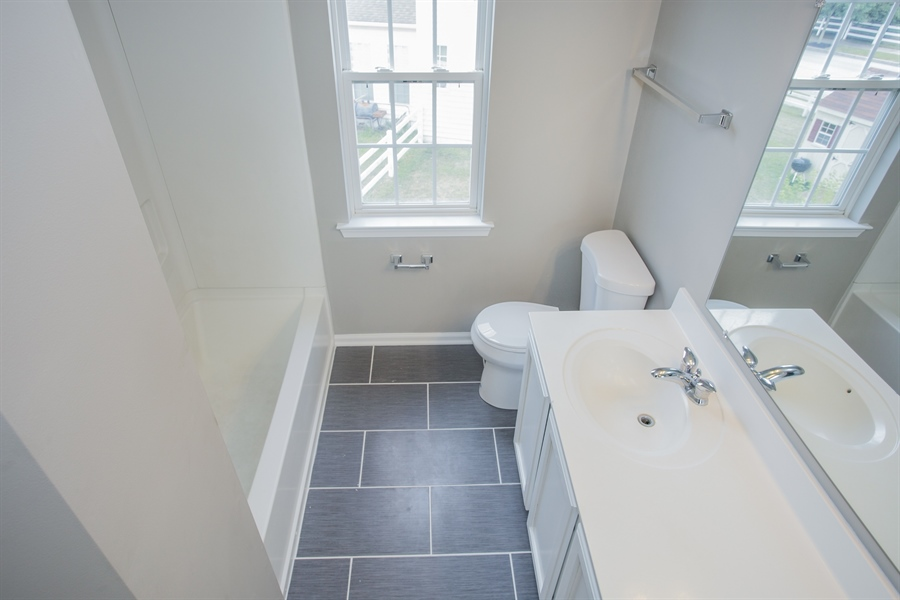Real Estate Photography - 723 Wood Duck Ct, Middletown, DE, 19709 - 2nd Floor Hall Bathroom