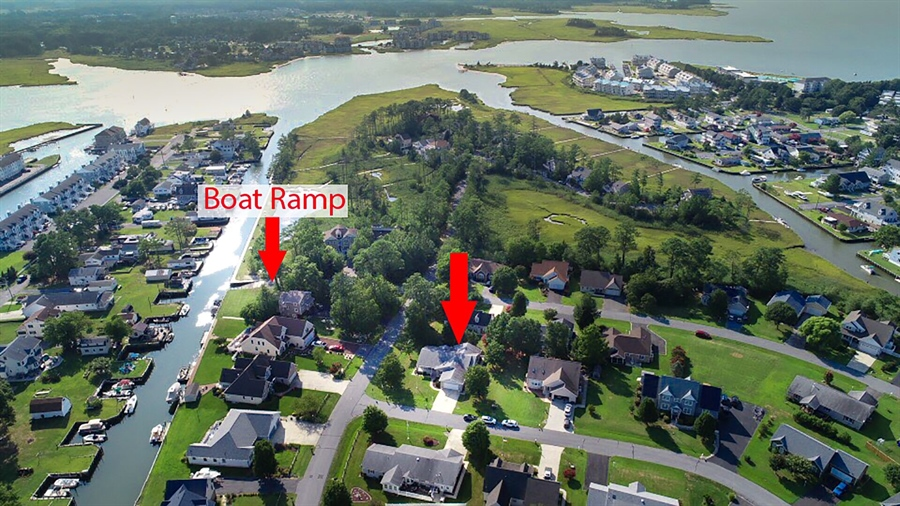 Real Estate Photography - 38047 Creekside Cir, Ocean View, DE, 19970 - Located in Boating Community