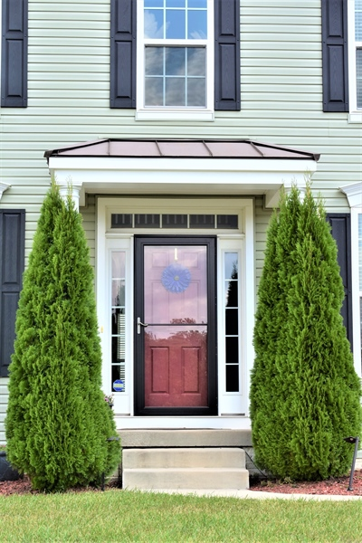 Real Estate Photography - 503 Maiden Ct, Middletown, DE, 19709 - Welcoming Entrance