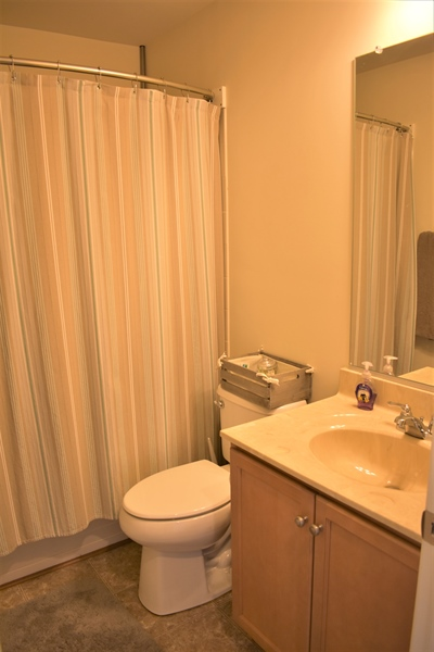 Real Estate Photography - 503 Maiden Ct, Middletown, DE, 19709 - Upstairs Bathroom