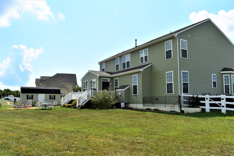 Real Estate Photography - 503 Maiden Ct, Middletown, DE, 19709 - Side Rear View