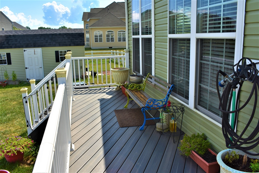 Real Estate Photography - 503 Maiden Ct, Middletown, DE, 19709 - Beautiful, Easy To Maintain Vinyl Trex Deck