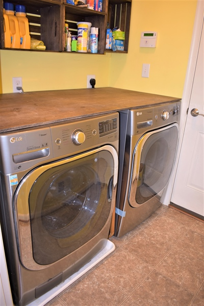 Real Estate Photography - 503 Maiden Ct, Middletown, DE, 19709 - Main Floor Laundry Room