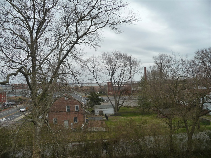 Real Estate Photography - 900 Washington St, New Castle, DE, 19720 - View of Delaware River from 3rd floor