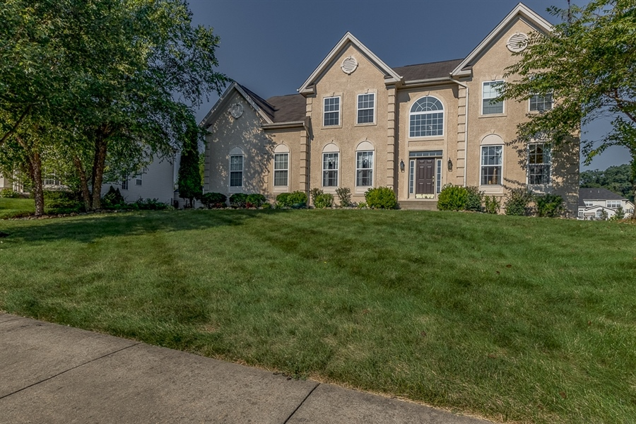 Real Estate Photography - 151 Candlewyck Dr, Avondale, PA, 19311 - Location 1