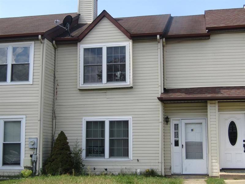 Real Estate Photography - 11 Schuyler Ct, Newark, DE, 19702 - Location 1