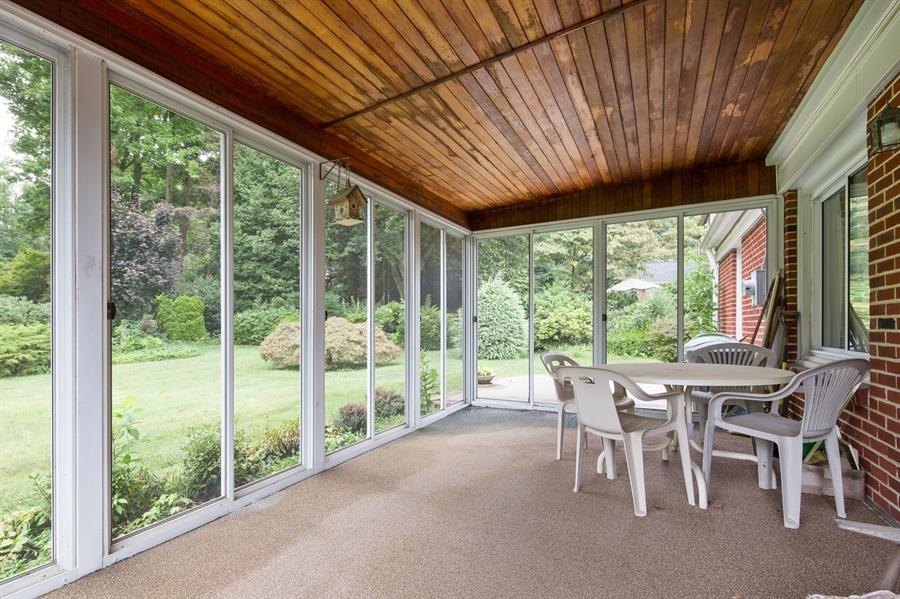 Real Estate Photography - 7 Council Trl, Wilmington, DE, 19810 - Beautiful large Screened Porch