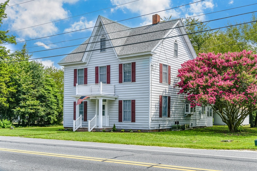 Real Estate Photography - 18811 Harbeson Rd, Harbeson, DE, 19951 - Location 1