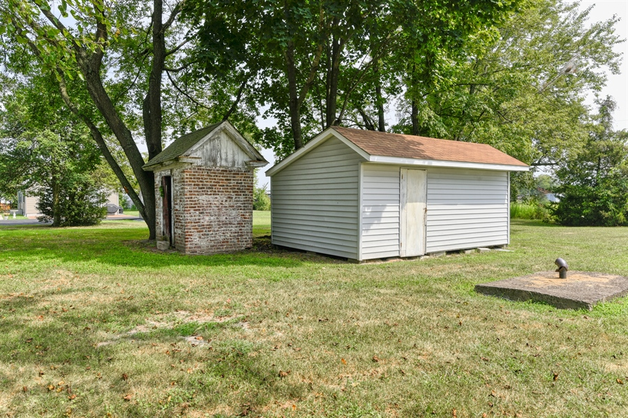 Real Estate Photography - 18811 Harbeson Rd, Harbeson, DE, 19951 -