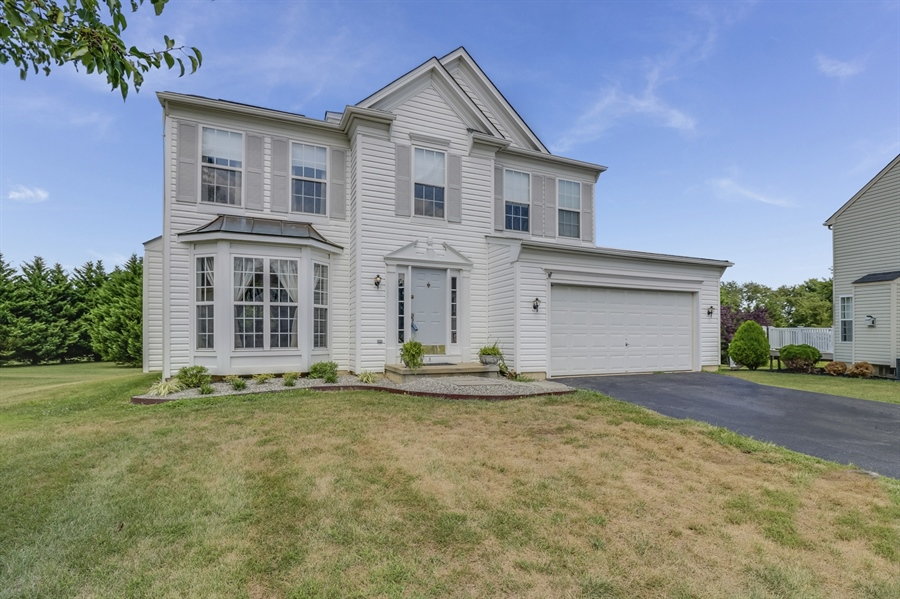 Real Estate Photography - 8 W Minglewood Dr, Middletown, DE, 19709 - Welcome Home