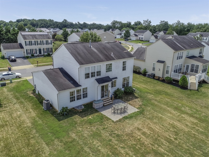 Real Estate Photography - 8 W Minglewood Dr, Middletown, DE, 19709 - Rear View