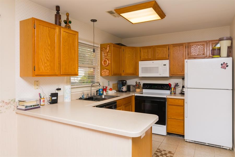 Real Estate Photography - 215 Magnolia Dr, Millsboro, DE, 19966 - Bright kitchen