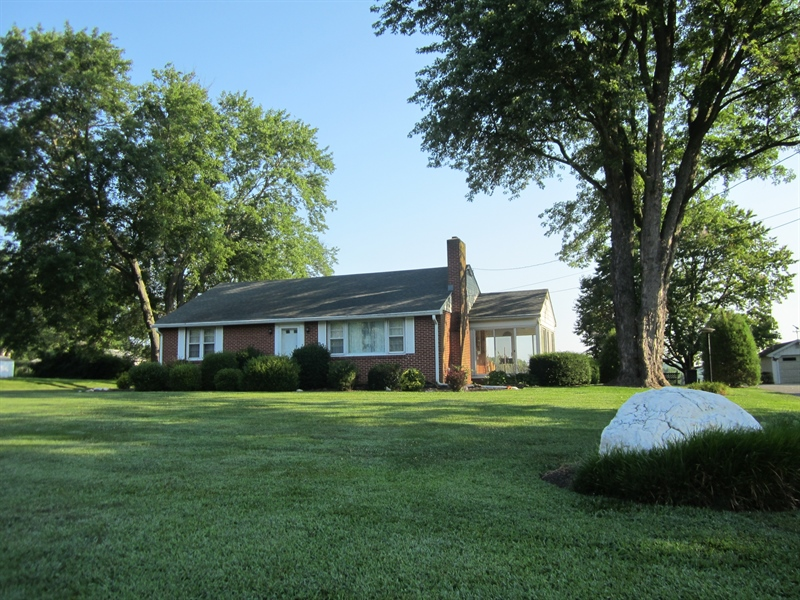 Real Estate Photography - 6159 Telegraph Rd, Elkton, MD, 21921 - Front View
