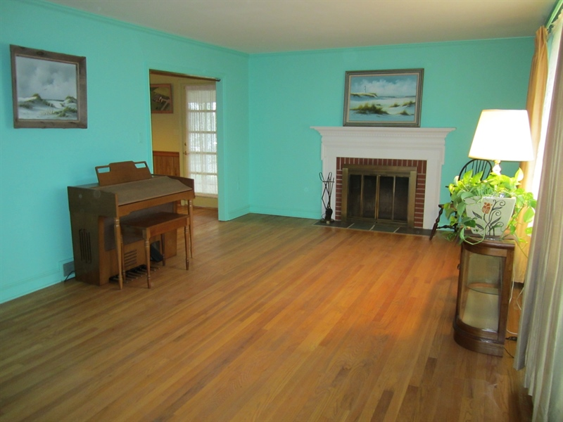 Real Estate Photography - 6159 Telegraph Rd, Elkton, MD, 21921 - Living Room w/Fireplace