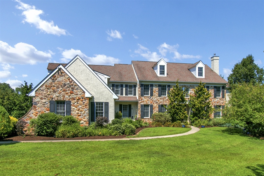 Real Estate Photography - 107 Woodridge Dr, Kennett Square, PA, 19348 - Location 1