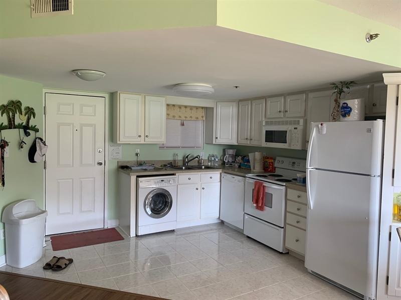 Real Estate Photography - 2209 Coastal Highway #105, 105, Ocean  City, DE, 21842 - Location 7