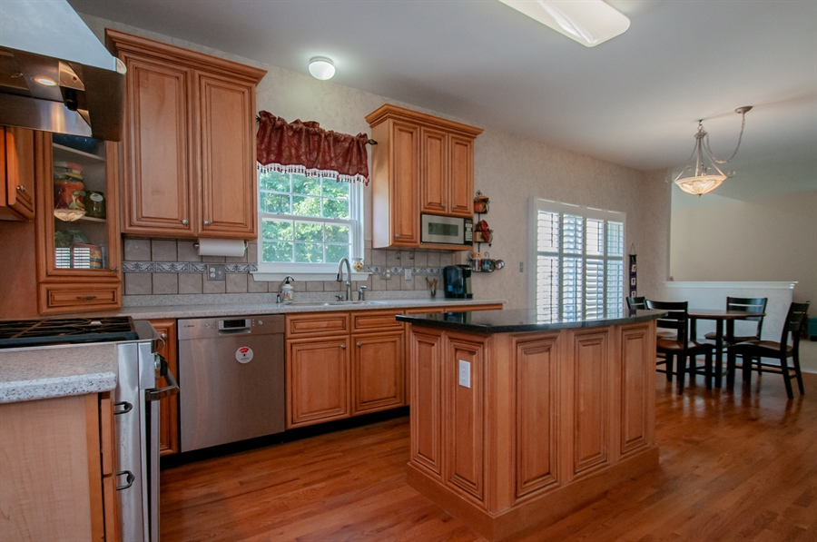 Real Estate Photography - 2 Lynam Lookout Dr, Newark, DE, 19702 - ...upgraded stainless steel appliances....