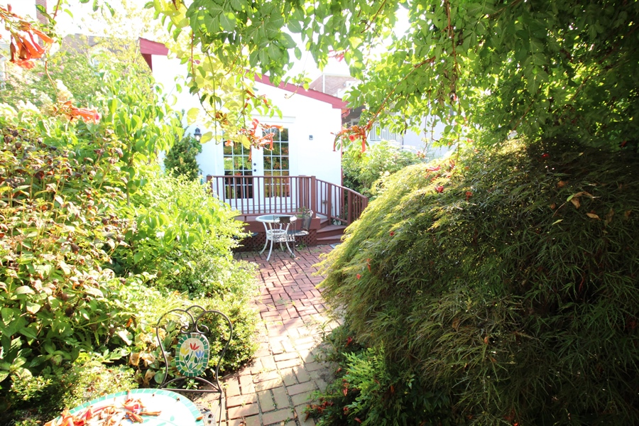 Real Estate Photography - 206 Delaware St, New Castle, DE, 19720 - Location 24