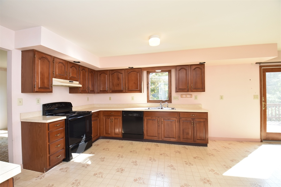 Real Estate Photography - 2 Sonny Pl, West Grove, PA, 19390 - Location 5