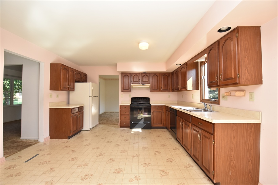 Real Estate Photography - 2 Sonny Pl, West Grove, PA, 19390 - Location 7
