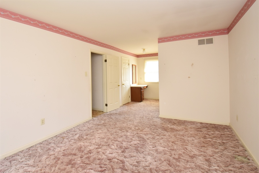 Real Estate Photography - 2 Sonny Pl, West Grove, PA, 19390 - Location 11
